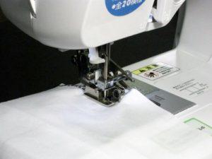 裁縫を学ぶ